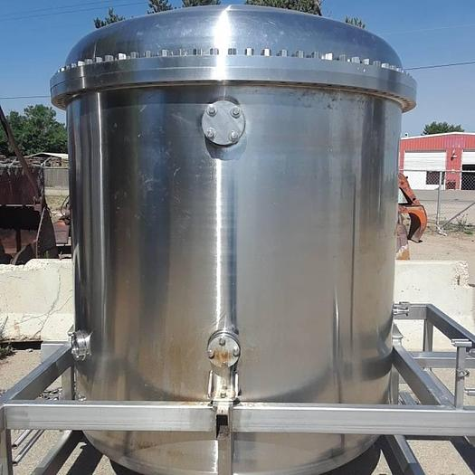 Used 1100 Gallon Stainless Pressure Vessels Pressure Vessel