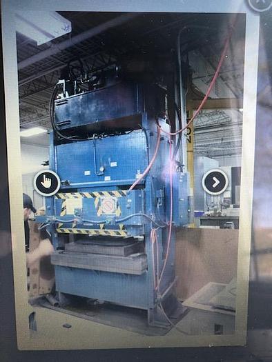 Used 300 Ton Hydraulic rubber pad press