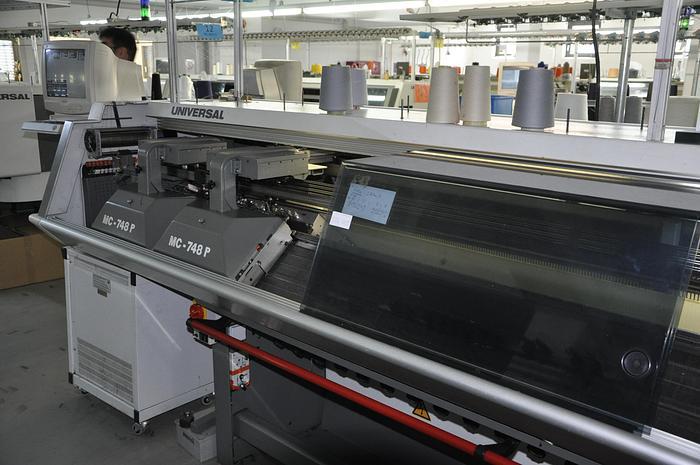 Flachstrickautomat UNIVERSAL  MC 748 WPJ E08/230
