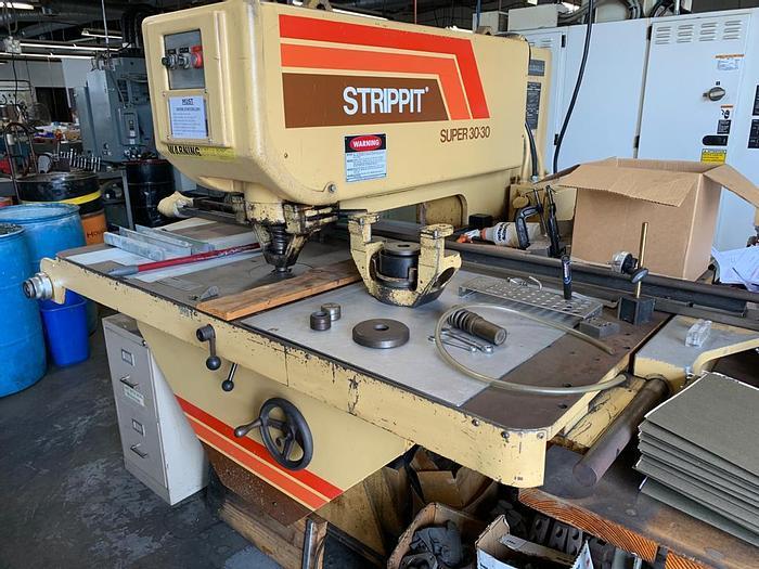 Used 30 Ton Strippit Super 30/30 Single Station Punch