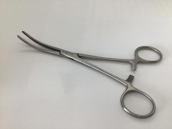 Used Forceps Artery Rochester Pean Curved 178mm (7in)