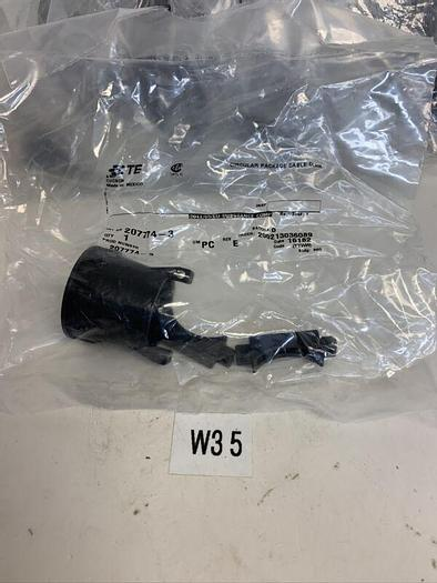 AMP/TE 207774-3 Cable Clamp Connector In Sealed Factory Package (Lot Of 20)