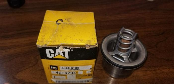 Used NEW SURPLUS CAT 4W-4794 THERMOSTAT 180 DEG.