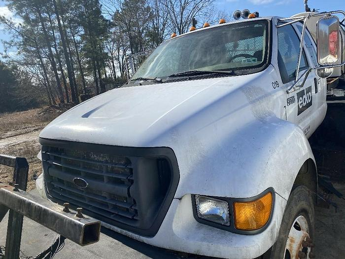 Used 2001 Ford F750