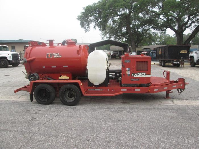 Used 2007 Ditch Witch FX30 Portable Vacuum Trailer