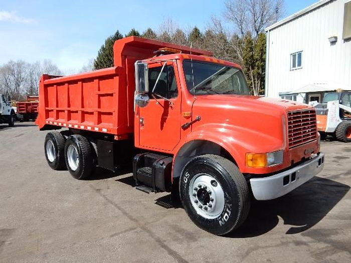 Used 2001 International 4900