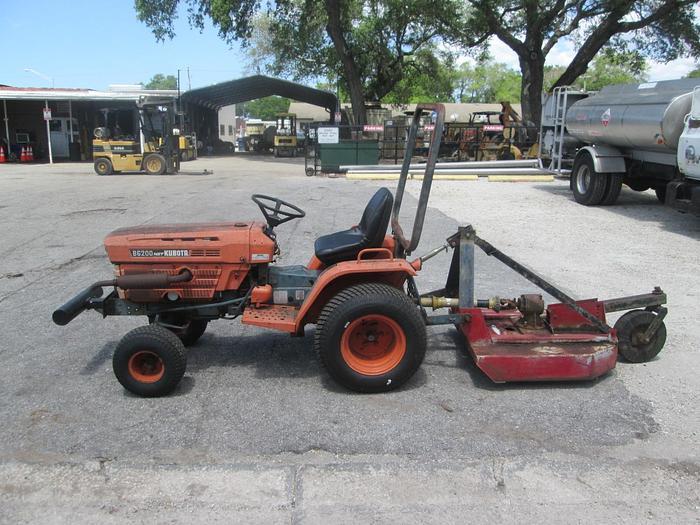 Used Kubota B6200 HST