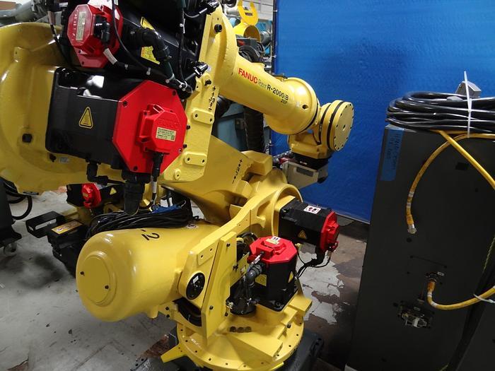 FANUC R2000iB/210F 6 AXIS CNC ROBOT W/R30iA CONTROLS