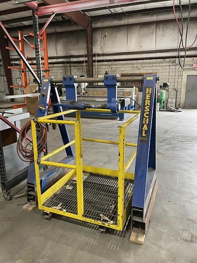 Used 2016 HERSCHAL CORE KNOCKOUT MACHINE