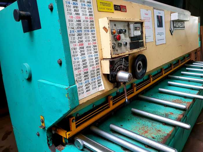 Promecam BRG 3100 Z6 Shearing Machine