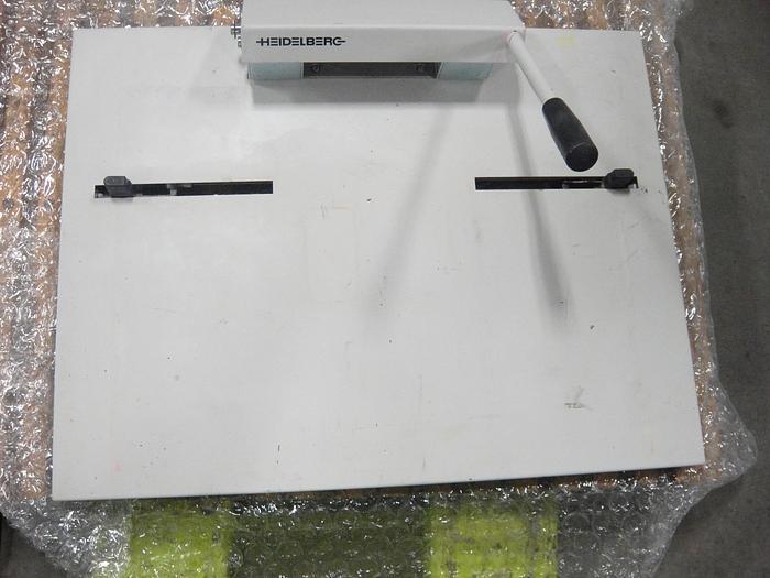 Used 2000 Heidelberg Plate Punch 2000