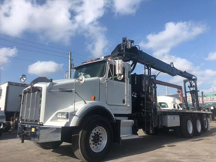 Used 2003 KENWORTH T-800 FLATBED TRUCK WITH BLOCK CRANE