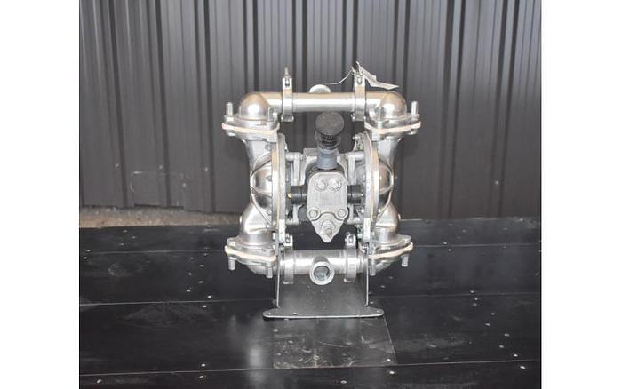 "Used USED SANDPIPER DIAPHRAGM PUMP, 1.5"" X 1.5"" INLET & OUTLET, STAINLESS STEEL, SANITARY"
