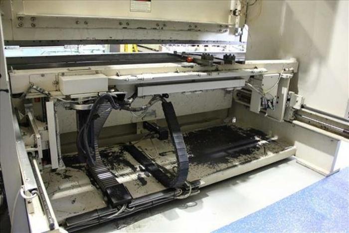 250 Ton - 12ft CNC Hydraulic Press Brake