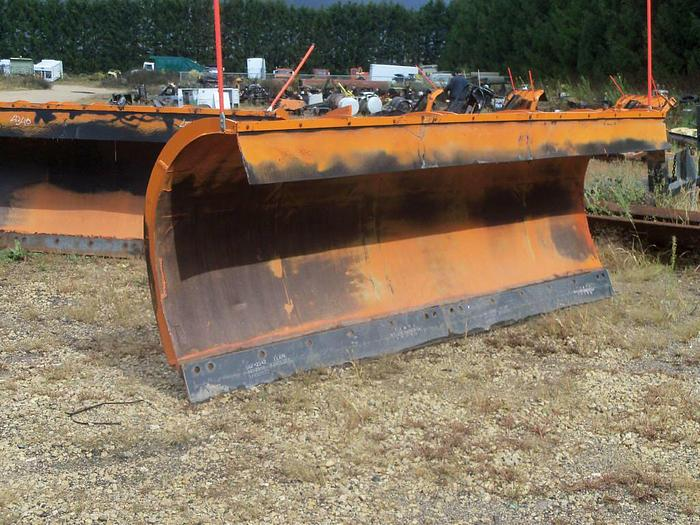 Used 2000 Henke Plow- Stock #: 0048