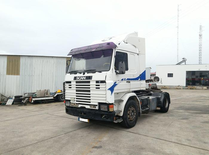 1995 SCANIA R 143M 420 manual tractor unit