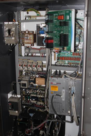 1997 Cincinnati Falcon 200 ERL CNC Lathe |  Acramatic 2100 CNC, RS232C Interface