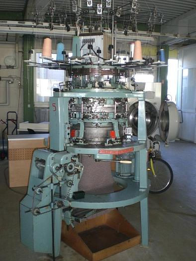 "Gebraucht Links-Links-Rundstrickmaschine  WILDT MELLOR BROMLEY  SPJ-DE E05/22""/8"