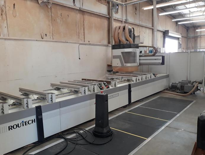 Used SCMI 5-Axis CNC Router