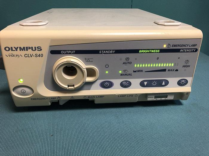 Gebraucht Olympus Visera CLV-S40 Lichtquelle