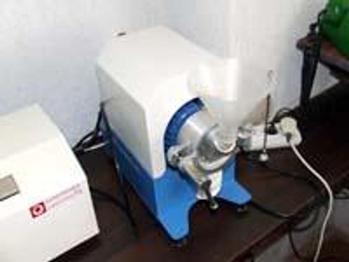 Młyn do przemiału zbóż na mąkę z własnym laboratorium