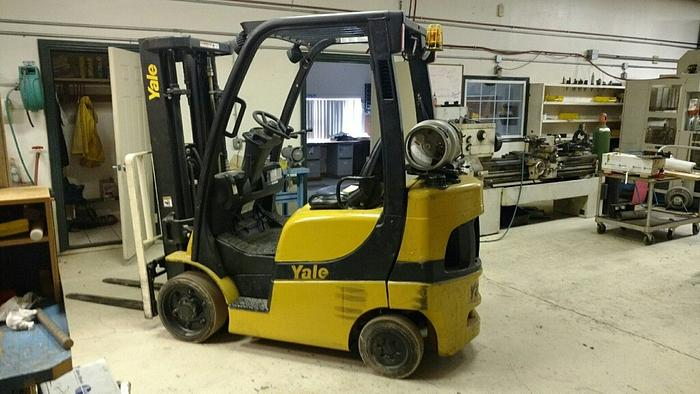 Used YALE 5000 LBS FORK LIFT