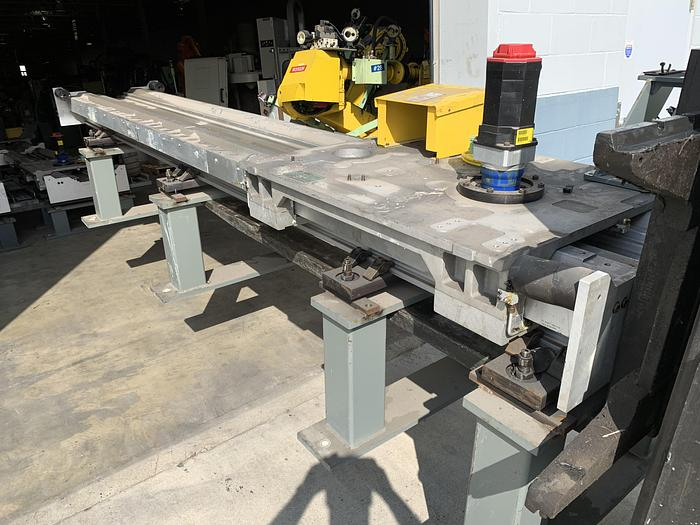 FANUC RTU-1000 7TH AXIS ROBOT TRACK 500KG X 13' TRAVEL