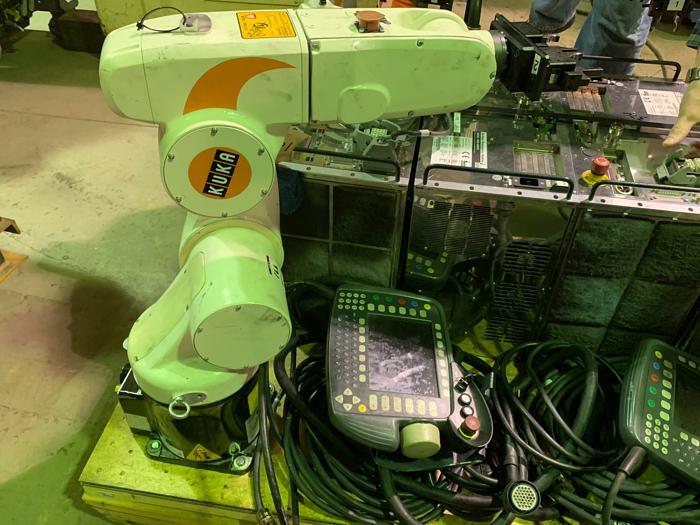 Used 19-USED KUKA KR-5 SIXX R650 6 AXIS CNC ROBOT