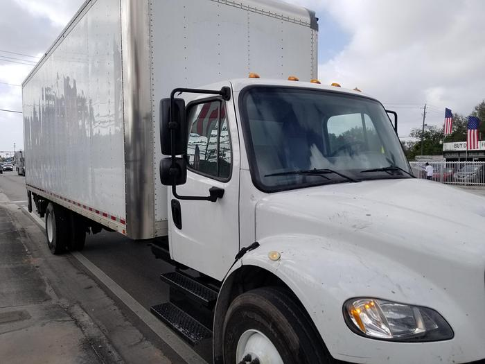 2017 FREIGHTLINER BUSINESS CLASS M2 106