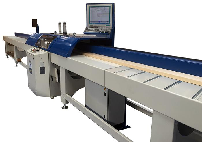 HM-T Anglemaster Automatic Crosscut Saw For Straight & Angled Cutting