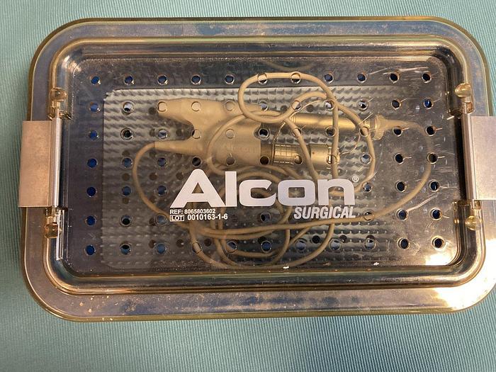 Gebraucht Alcon Turbosonic 375 Handstück und Sterilisationskassettenbox