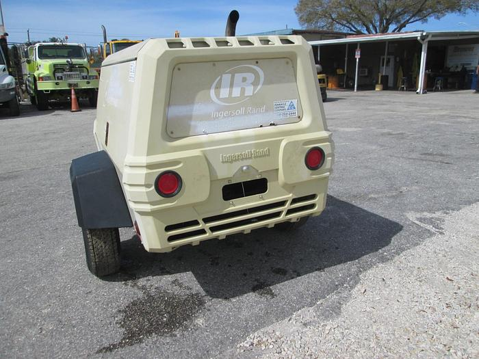 2009 Ingersoll Rand Pull Behind P185 Air Compressor