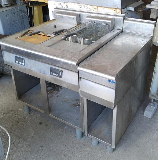 Używane Frytownica dwukomorowa KROMET z dodatkową szafką - w calości wykonana ze stali nierdzewnej