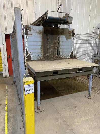 Used 1 Ton Box filler with Guards