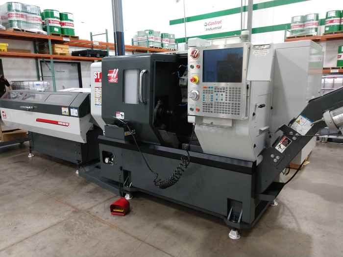 2013 Haas ST-10 with Live tooling and Barfeed