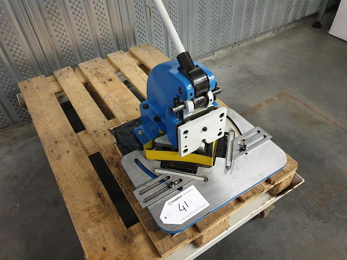 HN150 - ROGI Manual Notching Machine