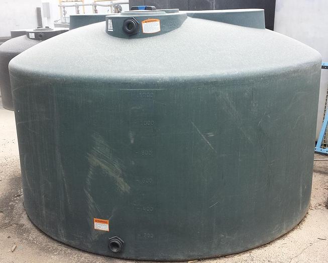 Used TK-08: 600 Gallon Vertical Tank