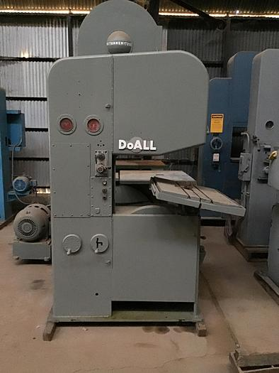 """26"""" DoAll Vert. Band Saw with Pwr. Feed Tbl"""