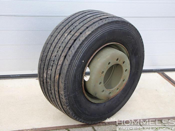 Used Tire 15x19.5