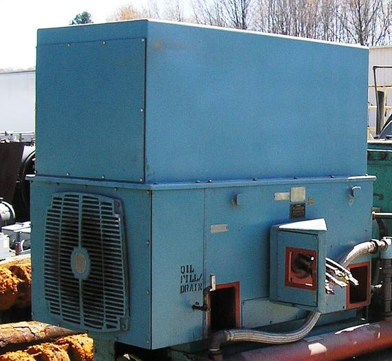 GE 700 HP Custom 8000 Induction Motor 440 Volts. Formerly Used For Powering Up Ingersoll Rand Compressor