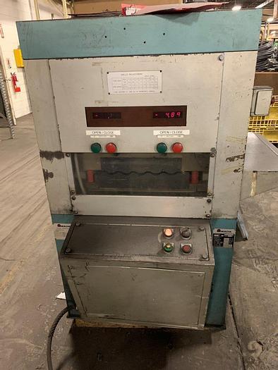 Used 1986 Amada SL-6023 Sheet Leveler