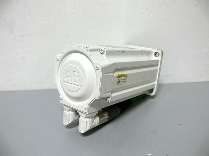 Used Allen Bradley MPF-B4540F-MJ74BA Kinetix Brushless AC Servo Motor 460V 3000 Rpm