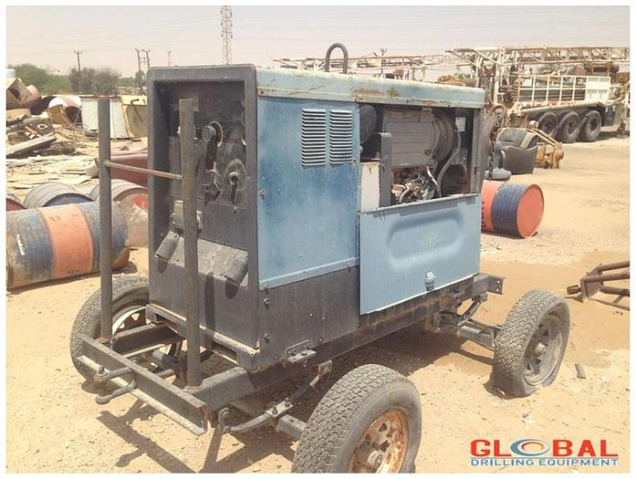 Used Item 0825 : Miller Big Blue 452D Welding Machine