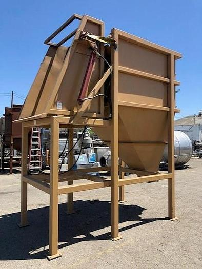 Used Grossi Hydraulic Bin Dumper