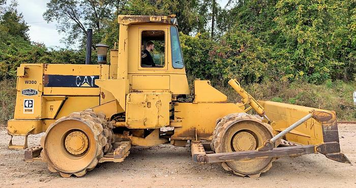 Used 1985 CATERPILLAR 815B