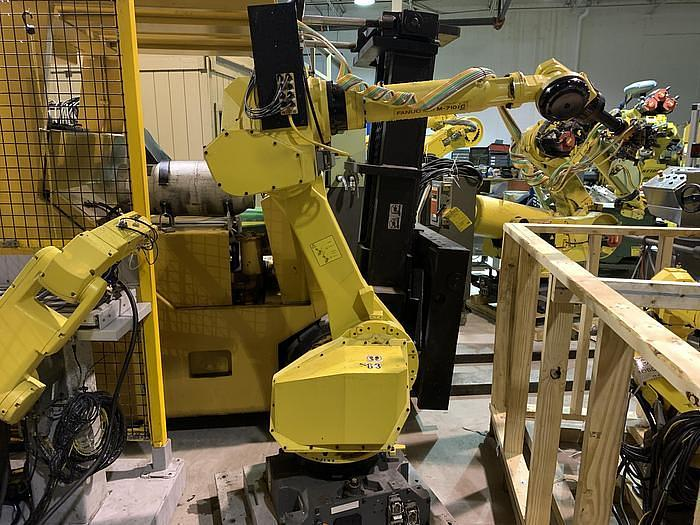 Used FANUC M710iC/50 6 AXIS CNC ROBOT WITH R30iA CONTROLLER AND VISION CONNECTIONS