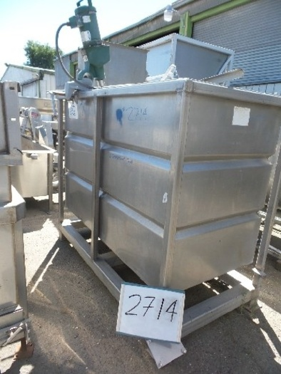 500 Gallon 2-Compartement Vertical Stainless Steel Tank #2714