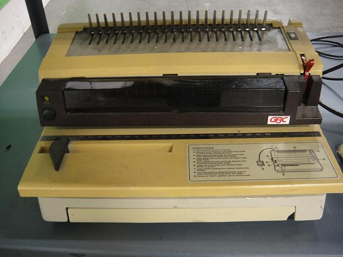 Used GBC 470 KM Binding Machine