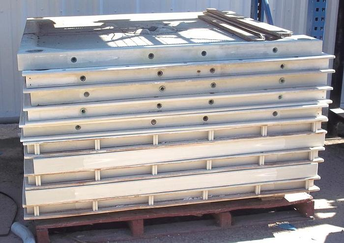 Used Used Mixed Pack 1500 mm x 1500 mm Chamber Plates