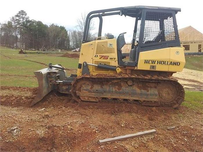 Used 2006 NEW HOLLAND D75WT